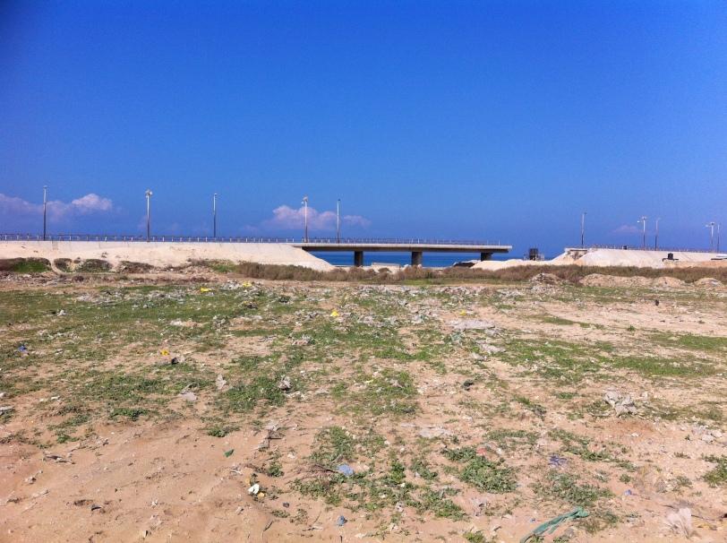 Couper la Bande de Gaza en 2 en bombardant un pont