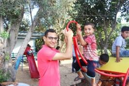 Ayman et un enfant