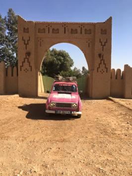 4L Trophy 2016 au Maroc, Lisa et Simon du binôme 4 Ange'L l'ont fait